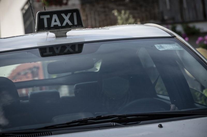 Prenotare un taxi a Torino per spostarsi facilmente in sicurezza